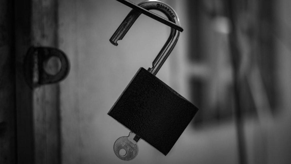 benefits a locksmith